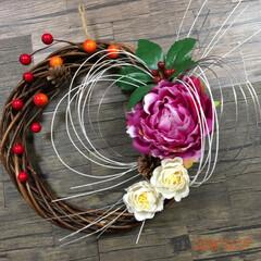 お飾り系リース/造花/アレンジ/リース/キャンドゥ/ダイソー/... 2020年は、喪中なのでお飾り系の物は、…(2枚目)