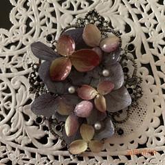 ペンダントトップ/紫陽花/雨季ウキフォト投稿キャンペーン/令和の一枚/至福のひととき/雑貨/... この2点は、セリアの紫陽花のドライフラワ…