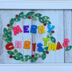 チワプー/ヨーキー/ペット/犬/リース/クリスマス/... クイリングのリース 額縁の中に壁紙貼って…(2枚目)