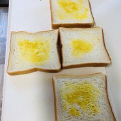おうちごはん/簡単/節約/うちの定番料理 お家ご飯 たまご🥚サンドイッチ🥪 自家製…(1枚目)