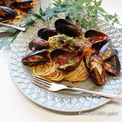スパゲティ/パスタ/パスタレシピ/お昼ごはん/ランチ/トマトソース/... コストコでgetした冷凍ムール貝で作る✨…(1枚目)