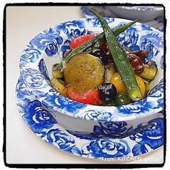 写真は難しい/真似てみたけど撃沈/putimikoさんレシピ/アクアパッツァ/gonta*/春のフォト投稿キャンペーン/... 野菜たっぷりのアクアパッツァ🥦  おはよ…
