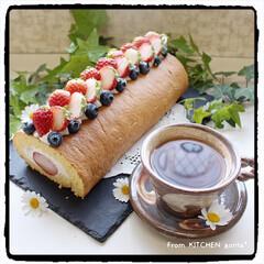 お菓子作り好きな人と繋がりたい/生クリーム/簡単レシピ/ダレにくい生クリーム/ロールケーキ/コッタrecipe/... 小山ロール♬いちご🍓のっけversion…
