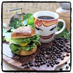 Instagram/笑顔のバトン/ザロースト/The Roast/ハンバーガー/キッチンポケットにrecipe掲載中/... ハンバーガー🍔&コーヒー de #笑顔の…
