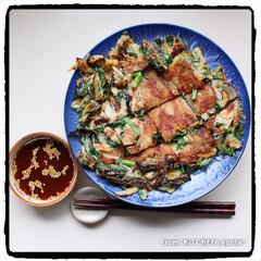 食器好きな人と繋がりたい/有田焼/萬泉/是非お試しくださいネ/海鮮チヂミも美味しいですよ😆/マイrecipe/... 混ぜて焼くだけ⁈簡単過ぎる♡にらチヂミ🇰…