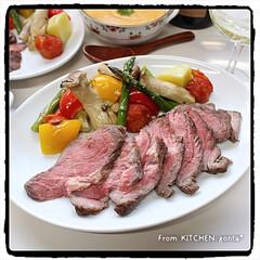 牛肉の塊/コストコ/和洋折衷/洋食器/和食器/キッチンポケットにrecipe掲載中/... ローストビーフ🐄with野菜グリル🍅 …(2枚目)