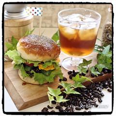 EATPICKレシピ/マイrecipe/簡単レシピ/パン作り好きな人と繋がりたい/コーヒー好きな人と繋がりたい/ブリューコーヒー/... 照り焼き月見バーガー🍔withブリューコ…
