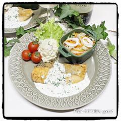 ストウブ/光泉窯/食器好きな人と繋がりたい/料理好きな人と繋がりたい/EATPICKレシピ/ポテトサラダ/... 鮭のチーズソテー🧀レモン香る🍋ヨーグ…(1枚目)