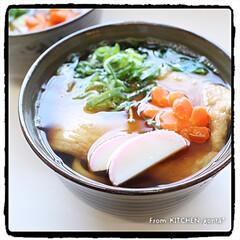 ちょっと甘めの味付け/薄口醤油/間違えて普通の醤油/きつねうどん/関西風うどん/クックパッドrecipe/... きつねうどん🦊  おはようございます…