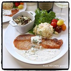 料理好きな人と繋がりたい/ヨーグルトソースかげはレモンが決めて🍋/NE-BS2600/自動調理モード/鮭のソテー/鮭のチーズソテー/... 鮭のチーズソテー🧀レモン香る🍋ヨーグルト…