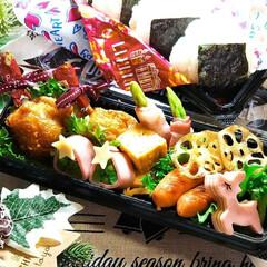 クリスマス弁当/おにぎり弁当/クリスマス2019/お弁当/キッチン/フォロー大歓迎 おにぎり弁当  *チューリップ唐揚げ *…