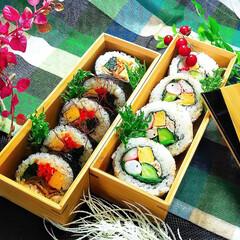 キンパ/サラダ巻き/寿司弁当/太巻き寿司/裏巻き寿司/令和の一枚/... キンパ&サラダ巻き弁当🎵