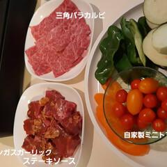 🌞夏は焼き肉🌞 何ヵ月ぶりでしょうか~✴️  牛🐮肉さん…(1枚目)