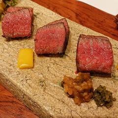 黒毛和牛/大分/花山椒/牛肉/肉汁/料亭/... 黒毛和牛のたたき、食べると肉汁がじゅわー…