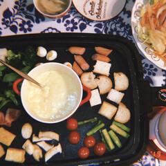 ホットプレート 大型 焼肉用ホットプレート 網焼き アイリスオーヤマ たこ焼き 焼肉 ホームパーティー パーティー おしゃれ APA-137-B | アイリスオーヤマ(ホットプレート)を使ったクチコミ「わいわいチーズフォンデュ🧀」