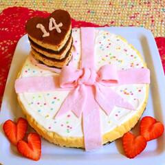 お祝いケーキ/お祝い/三姉妹/プレゼントケーキ/14/チーズケーキ/... お祝いチーズケーキ🎂