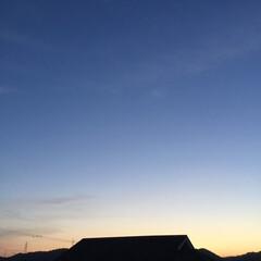 夕暮れ/夕焼け大好き 日没 19:12 今日も一日お疲れ様でし…