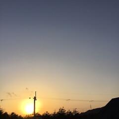 夕暮れ風景/今日の夕焼け/いま空/定位置観察/夕焼け大好き 日没 17:12 今日も一日お疲れ様でし…