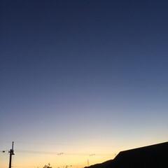 いま空/夕暮れ風景/今日の夕焼け/夕焼け大好き 日没 17:36 今日も一日お疲れ様でし…