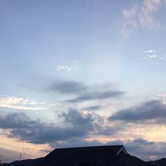 いま空/夕焼け雲/夕暮れ風景/夕焼け大好き 日没 18:48 今日も一日お疲れ様でし…(3枚目)