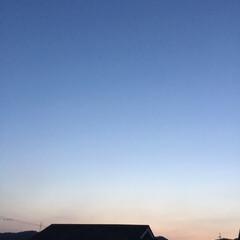 夕焼け大好き/夕焼け/夕暮れ 日没 19:17 晴れたり曇ったりの一日…