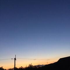 いま空/今日の夕焼け/夕暮れ風景/夕焼け大好き 日没 17:10 今日も一日お疲れ様でし…