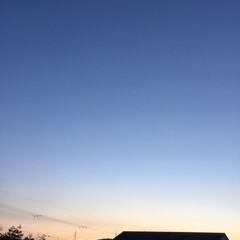 いま空/夕焼け空/夕暮れ風景/夕焼けの空 日没 18:34 今日も一日お疲れ様でし…