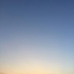 いま空/夕暮れ風景/夕焼けの空/夕焼け大好き 日没 18:37 今日も一日お疲れ様でした
