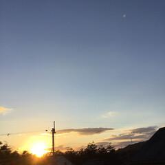 いま空/今日の夕焼け/定位置観測/夕暮れ風景/夕焼け大好き 日没 16:55 今日も一日お疲れ様でし…