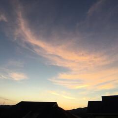 トワイライトタイム/定位置観察/いま空/今日の夕焼け/夕暮れ風景/夕焼け大好き 日没 19:07 今日も一日お疲れ様でし…(2枚目)