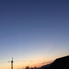定点観測/いま空/今日の夕焼け/夕焼け大好き/夕暮れ風景 日没 16:53 今日も一日お疲れ様でし…