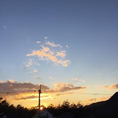 夕焼け大好き/定位置観察/夕暮れ風景/今日の夕焼け/いま空 日没 17:13 今日も一日お疲れ様でし…