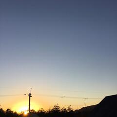 今日の夕焼け/夕暮れ風景/夕焼け大好き/定位置観測 日没  16:48 今日も一日お疲れ様で…