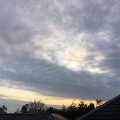 定位置観測/いま空/今日の夕焼け/夕焼け大好き/夕暮れ風景 日没 16:48 今日も一日お疲れ様でし…