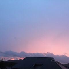 いま空/夕暮れ風景/夕焼け大好き/今日の夕焼け 日没 17:34 今日も一日お疲れ様でし…