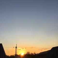 定点観測/いま空/トワイライト/今日の夕焼け/夕暮れ風景/夕焼け大好き 日没 17:01 今日も一日お疲れ様でし…(3枚目)