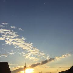 定点観測/いま空/トワイライト/今日の夕焼け/夕暮れ風景/夕焼け大好き 日没 17:01 今日も一日お疲れ様でし…