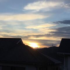 夕焼け雲/夕焼け 日没 19:17 今日も一日お疲れ様でし…(3枚目)