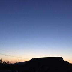 いま空/夕焼け/夕暮れ風景 日没 18:16 今日も一日お疲れ様でし…