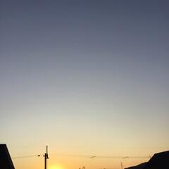 いま空/定点観測/夕焼け大好き/夕暮れ風景/今日の夕焼け 日没 16:56 今日も一日お疲れ様でし…