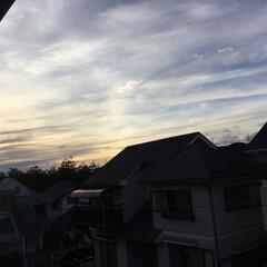 いま空/定位置観測/今日の夕焼け/夕焼け大好き/夕暮れ風景 日没 17:04 リミ友の皆さま 今年も…