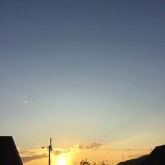 定点観測/いま空/トワイライト/今日の夕焼け/夕暮れ風景/夕焼け大好き 日没 17:01 今日も一日お疲れ様でし…(2枚目)