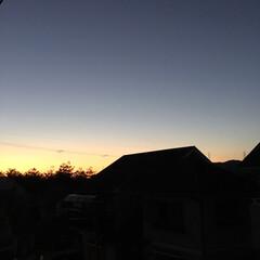 いま空/定位置観測/夕暮れ風景/夕焼け大好き/今日の夕焼け 日没 16:48 今日も一日お疲れ様でし…