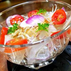 和風サラダ/サラダ/簡単レシピ/簡単/家庭料理/おうちごはん/... 新たまねぎのサラダです。 大根・ラディッ…