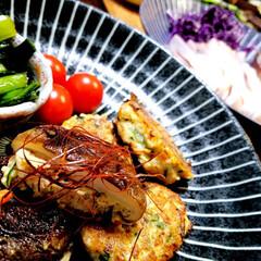手作り/おうちごはん/暮らし ♡椎茸と挽き肉  こまつな・ミニトマト …