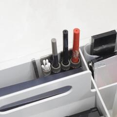 デザイニングアイブロウ3D 限定カラー 本体 EX-7 オリーブグレー系 2.2g(その他アイブロウ)を使ったクチコミ「\コスメ収納/  無印良品のペンホルダー…」