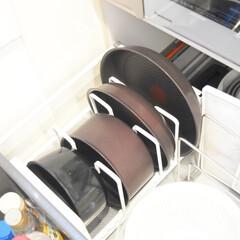 生活の知恵/収納/雑貨/節約/簡単/ラク家事/... お鍋収納✨  よく使うお鍋は キッチン真…