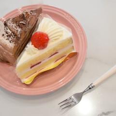 LE CREUSET ルクルーゼ ネオ・ラウンド・プレート 17cm 日本正規代理店品   Le Creuset(皿)を使ったクチコミ「おやつターイム🍰  やっぱり甘いものは美…」