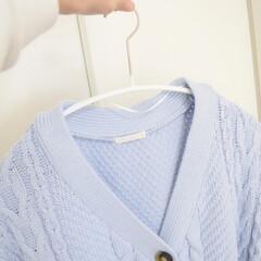 MAWA ドイツのすべらないマワハンガー レディースサイズ エコノミック 40P 10本組 ホワイト(物干しハンガー、ピンチ)を使ったクチコミ「MAWAハンガーを使うと セーターも綺麗…」