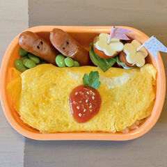 カプレーゼ/オムライス弁当/LIMIAごはんクラブ/お弁当 今日のおべんと。  ・オムライス🍓 ・ソ…